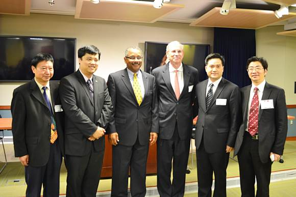 Photo of Mr. Antonio Doss, Mr. Ronald Bew, the Senior Vice Chairman of GASME with China Delegation Leaders